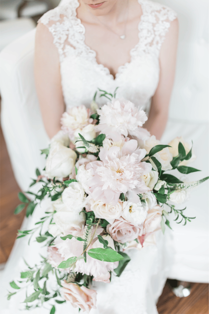 2018 Wedding Floral Forecast – Entwined Events | Florals: Bella Rose Floral & Design | Photo Credit: Amanda Somerville Photography