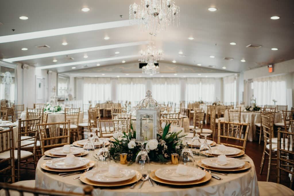 Selecting Your Virginia Wedding Venue | Entwined Events | Venue: The Bedford Columns in Bedford, VA | Photo Credit: Lindsay Paradiso Photography